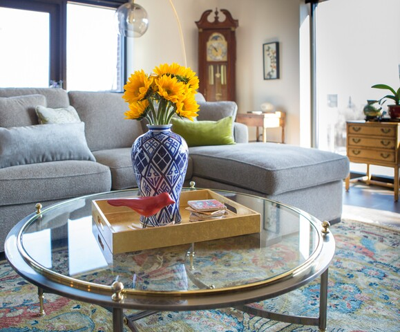 HOME TOUR: Timeless meets modern
