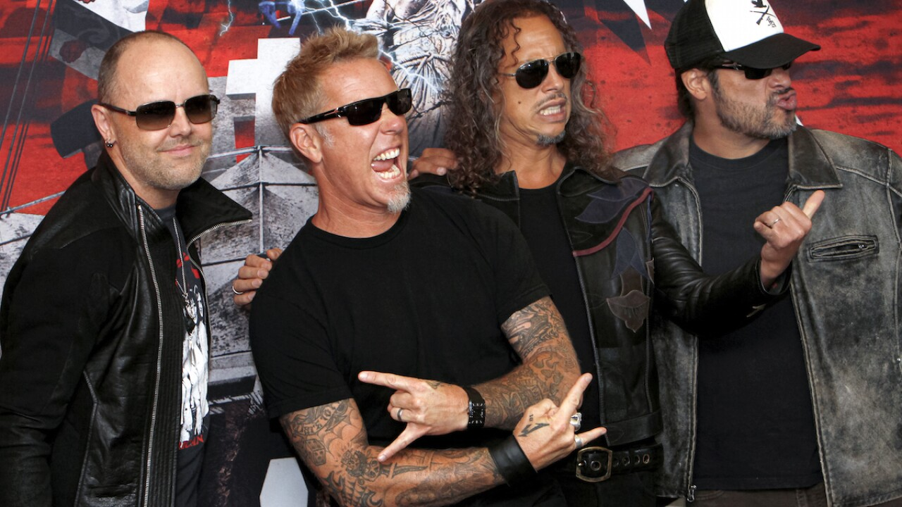 Rockers Metallica to air concert at drive-ins across US