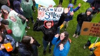 Bozeman High School, MSU students march through rain for Sunrise Movement Climate March