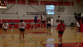 Gallatin girls volleyball upsets Bozeman with game-winning block