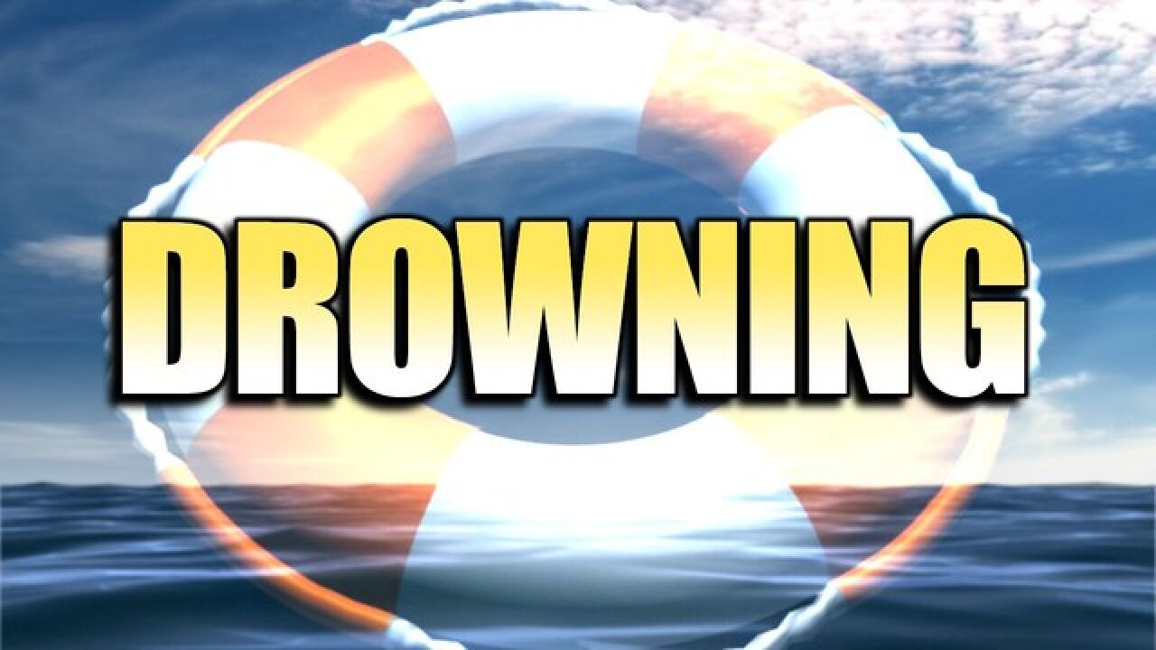 Woman drowns in pool in Catoosa