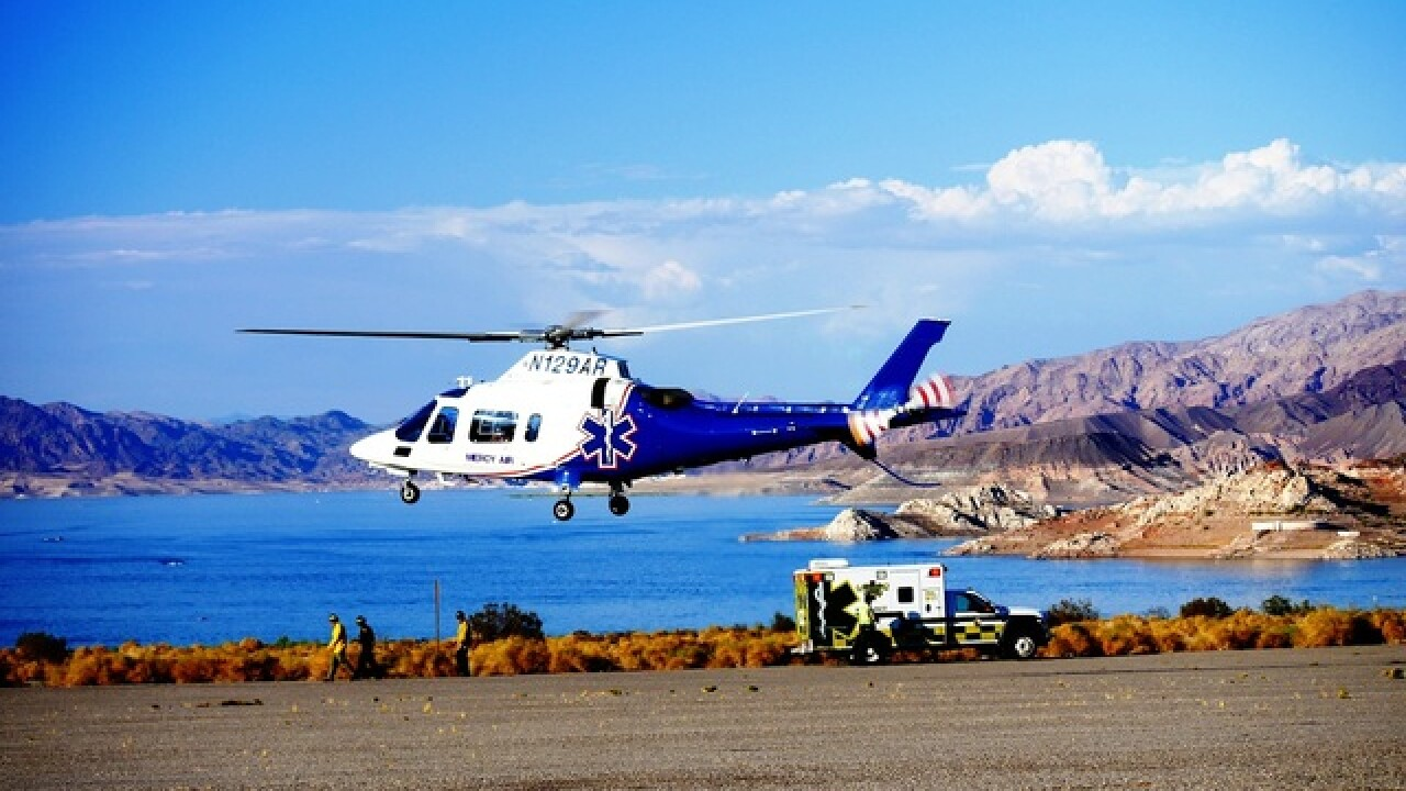 7 people injured in Saturdaycrash near Lake Mead