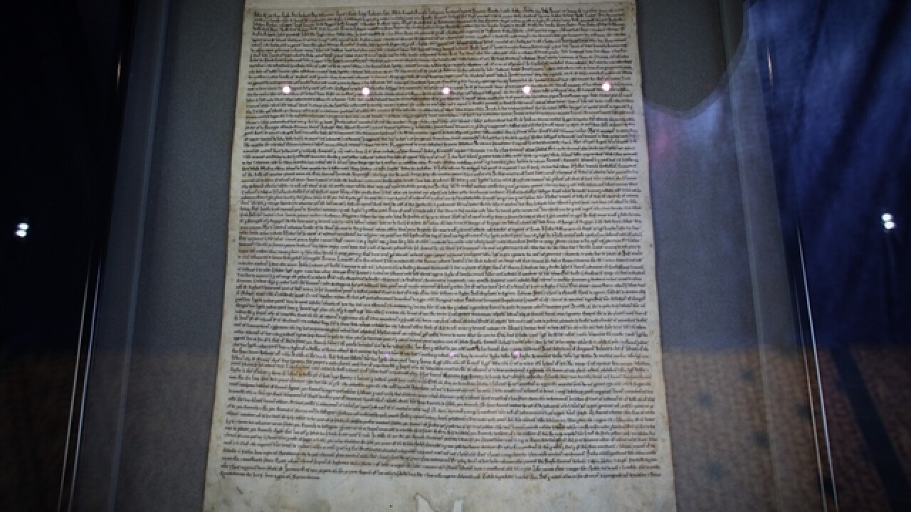 American tourist helps stop thief who tried to steal Magna Carta