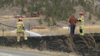 Firefighters respond to wildland fire east of Helena