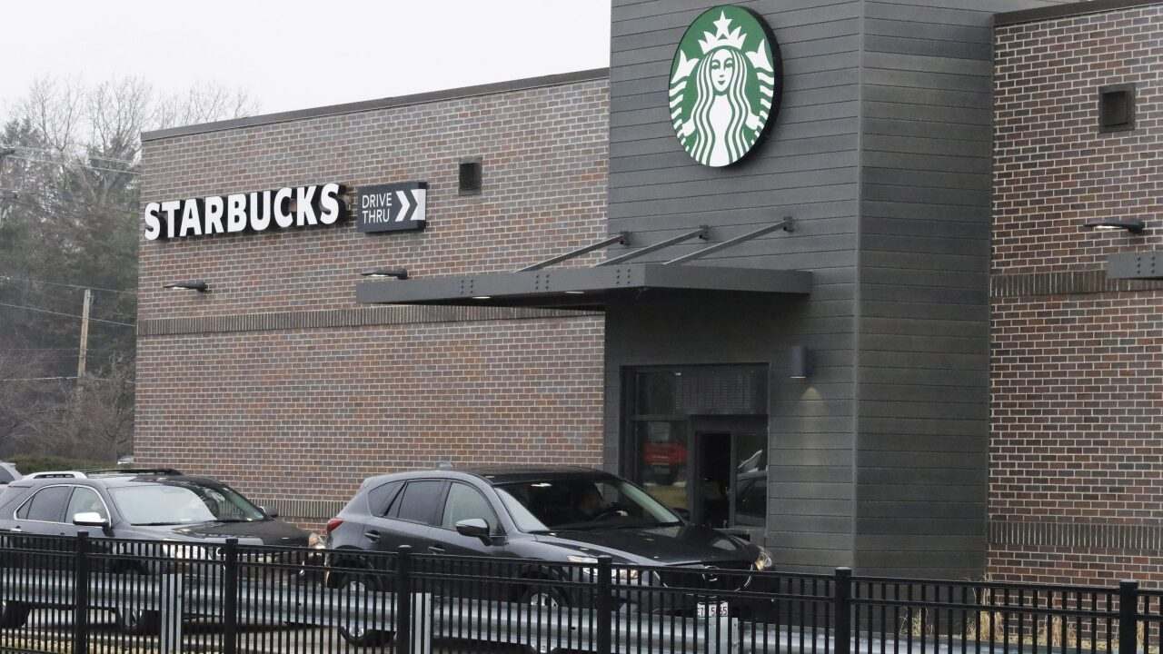 Starbucks is paying all employees for 30 days, even if they stay home