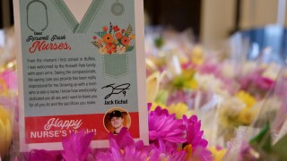Eichel donates flowers to Roswell Park