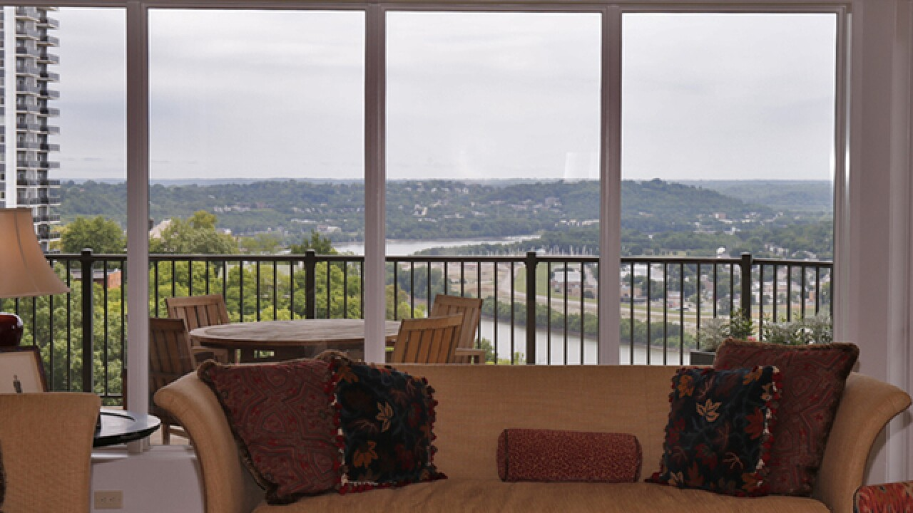 Home Tour: This Walnut Hills condo offers stunning views of Eden Park and the Ohio River