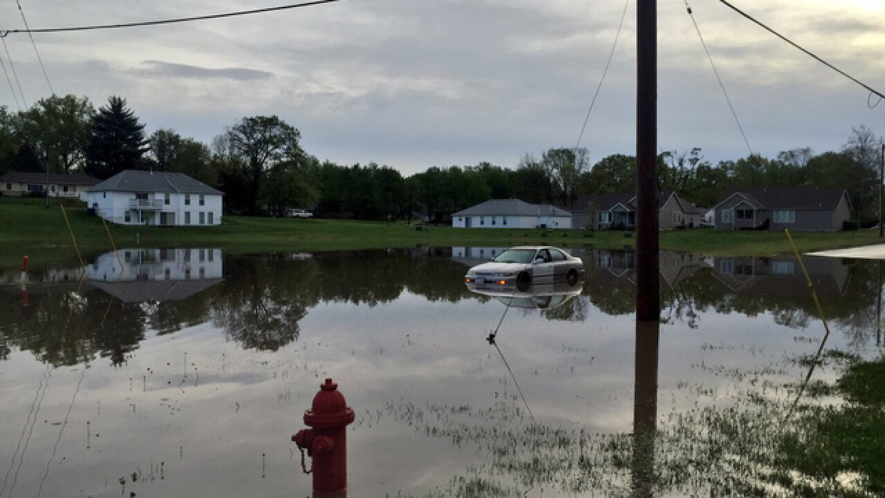 Flooding, damage in KS and MO after storms