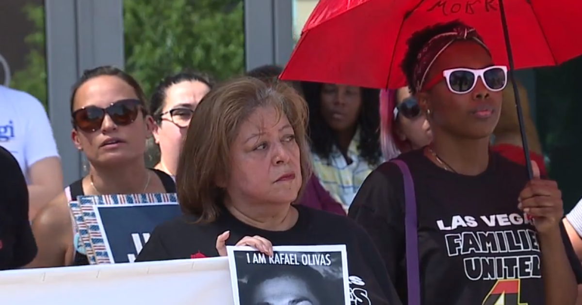 Family holds rally for justice after man dies in Vegas police custody