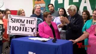 Sindicato exige aumentos para profesores de CCISD