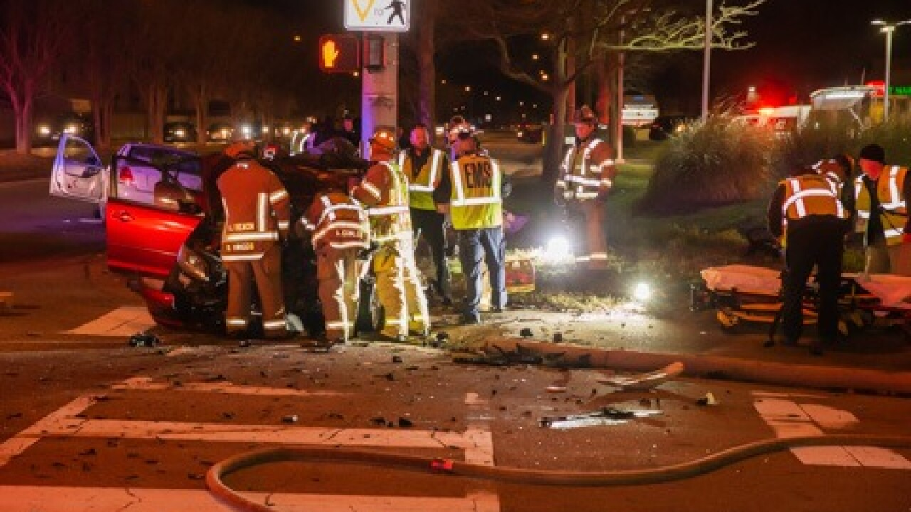 VB Lynnhaven Parkway and Pleasant Valley Road crash (February 12) 4.jpg