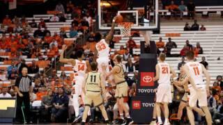 Syracuse Outlasts Stubborn Oakland