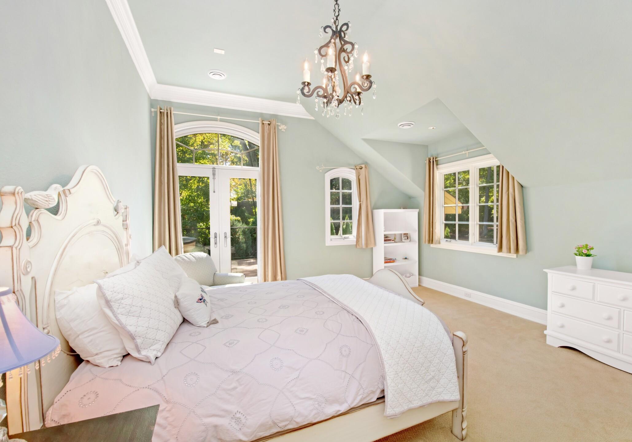 Greenway bedroom 2.jpg