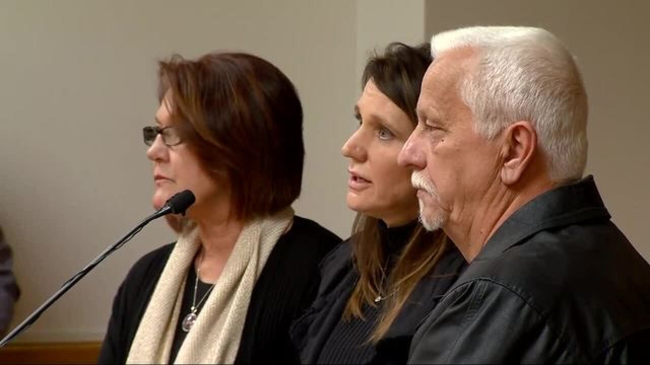 Chris Watts' parents tell son at sentencing they love him, hope he will atone for murder of family