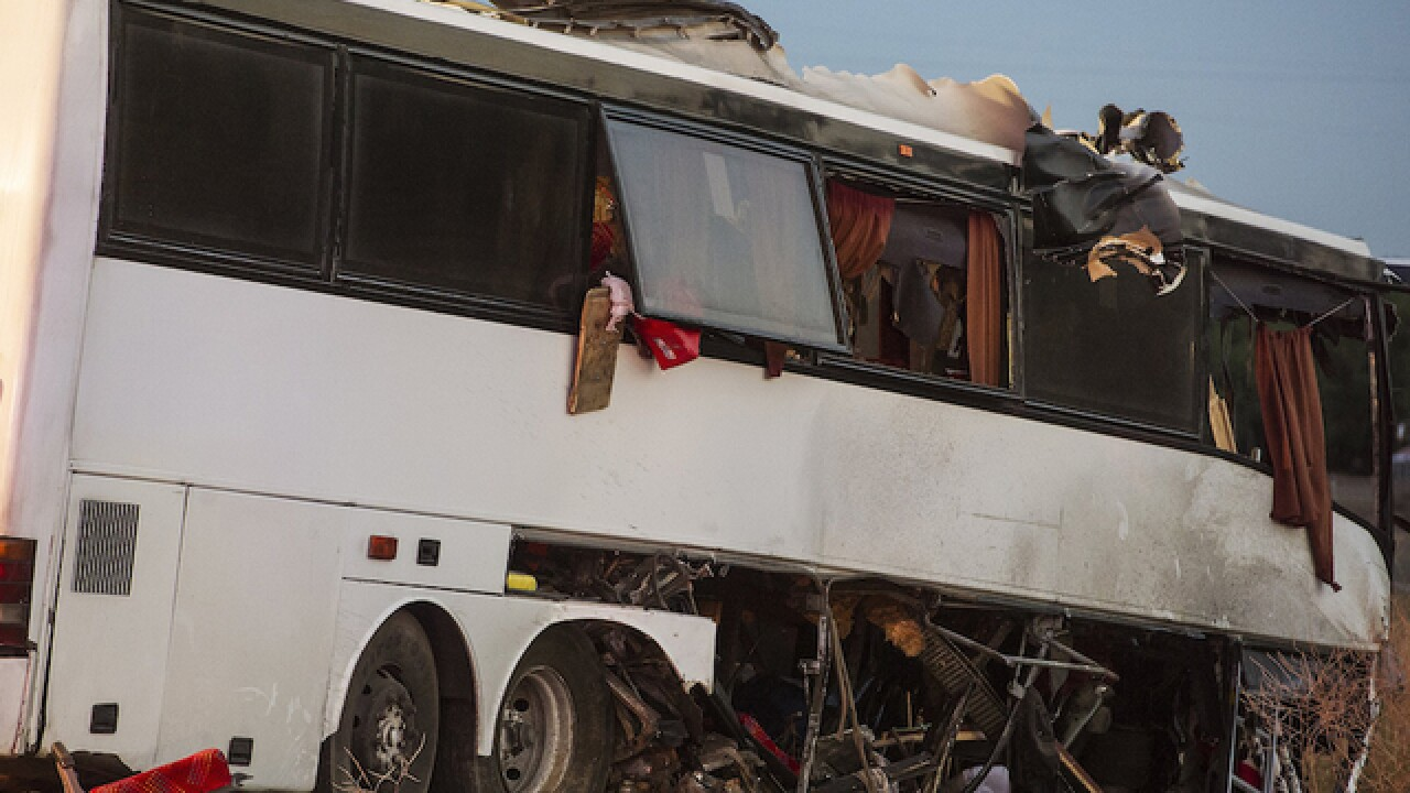 5 dead in California tour bus crash