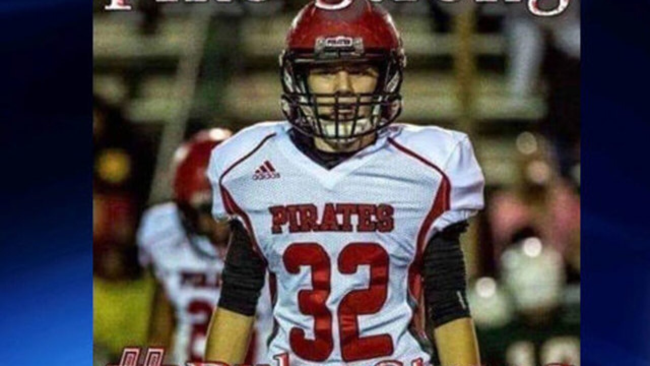 Football player dies from head injury in game