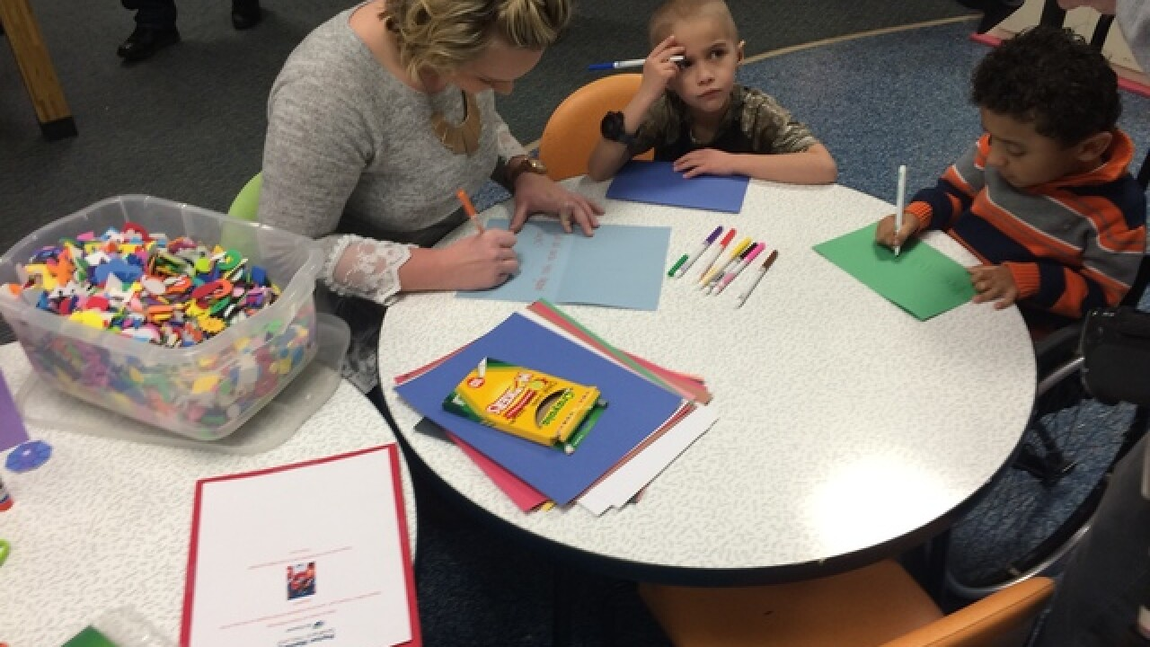 PHOTOS: Kids make cards for Peyton Manning