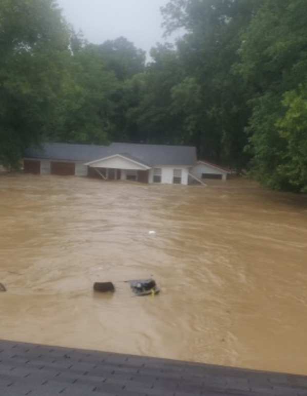 AZ family loses everything in TN flooding