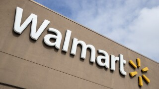 Walmart to require employees to wear face coverings