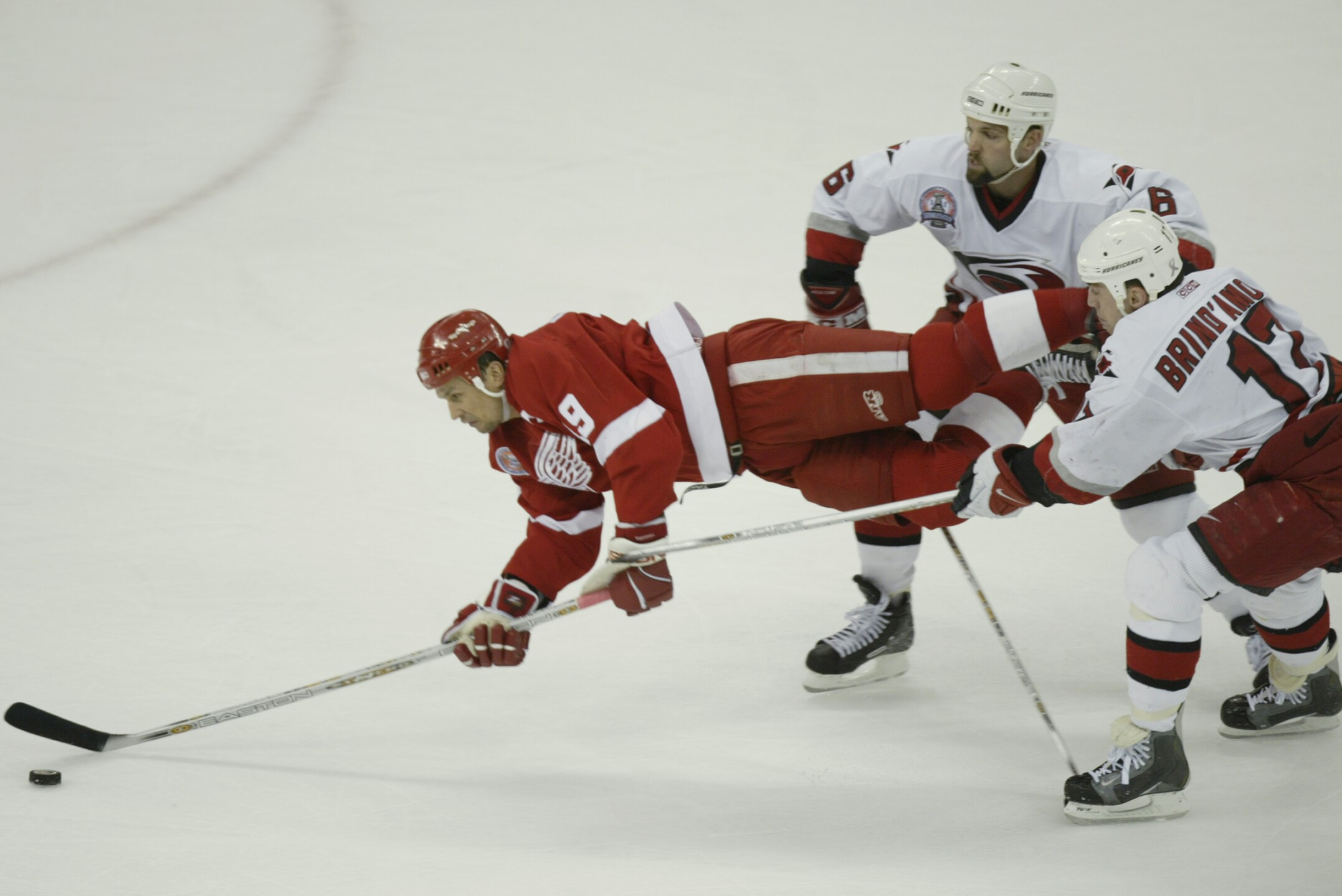Red Wings v Hurricanes
