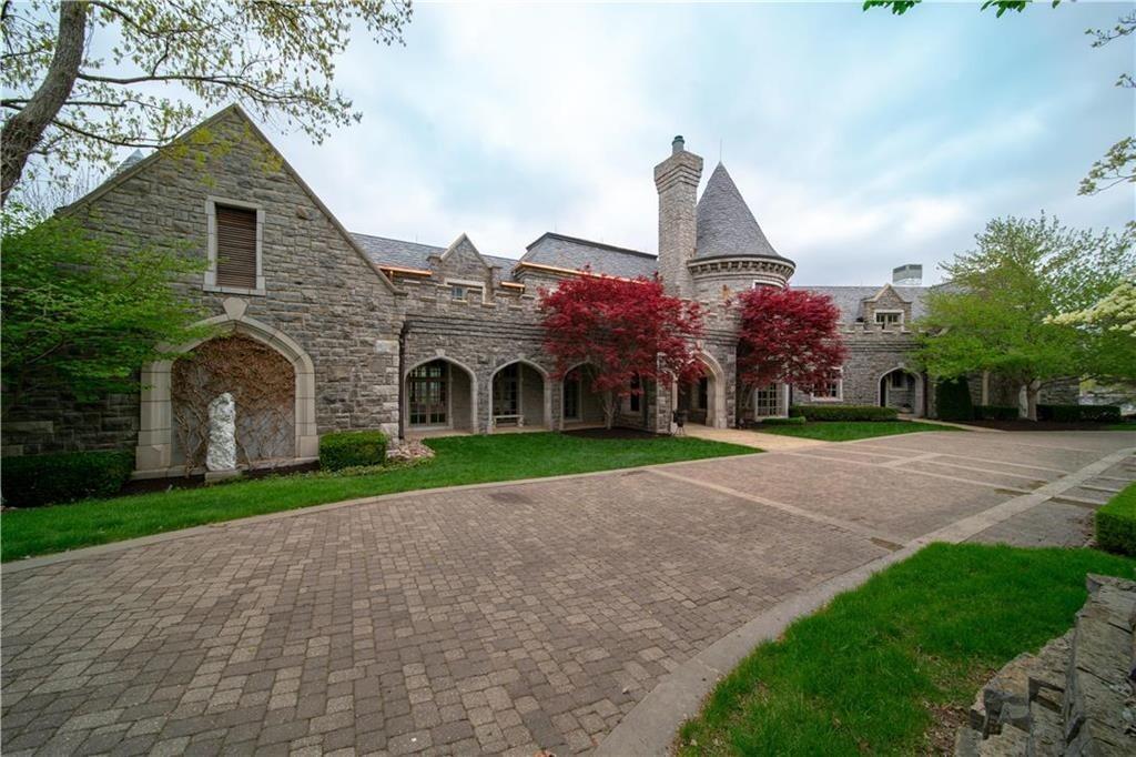 weatherby lake mansion 26