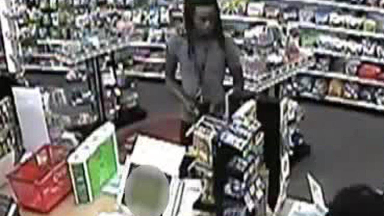 wptv-stolen-credit-cards-suspect-.jpg