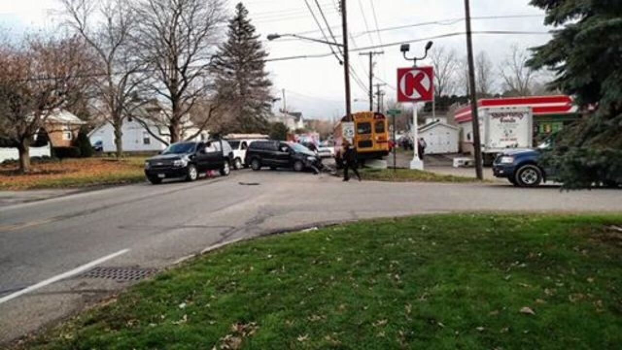 PD: Drunken driver hits 2 cars, flees, hits bus