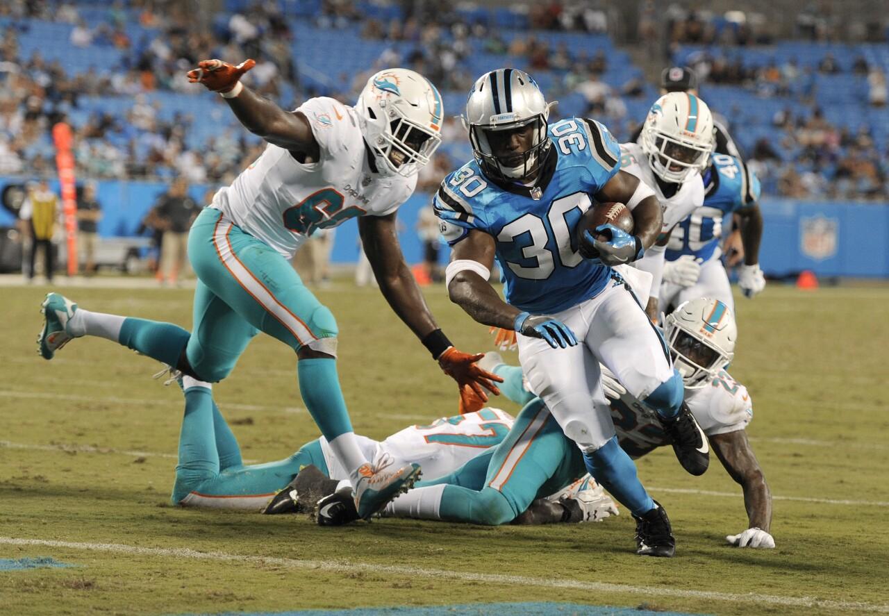 Carolina Panthers running back Elijah Hood runs for TD vs. Miami Dolphins in 2018