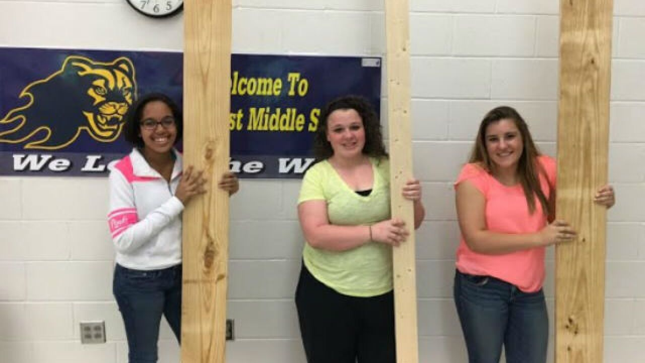 See how these students help Boone's homeless