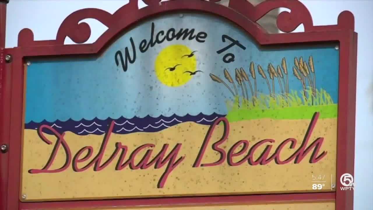 'Welcome To Delray Beach' sign