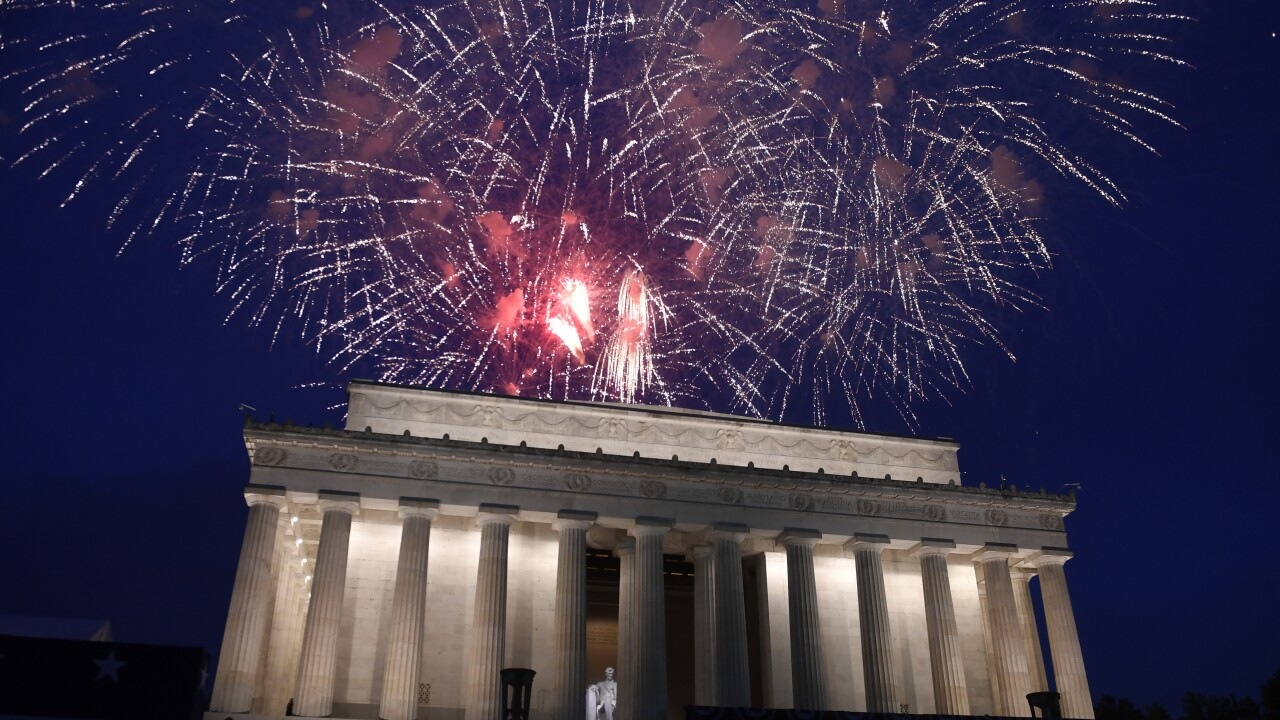 Washington July 4th event promises 10,000 fireworks, 300,000 face masks