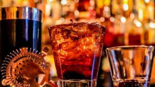 alcohol-3194824_1280.jpg