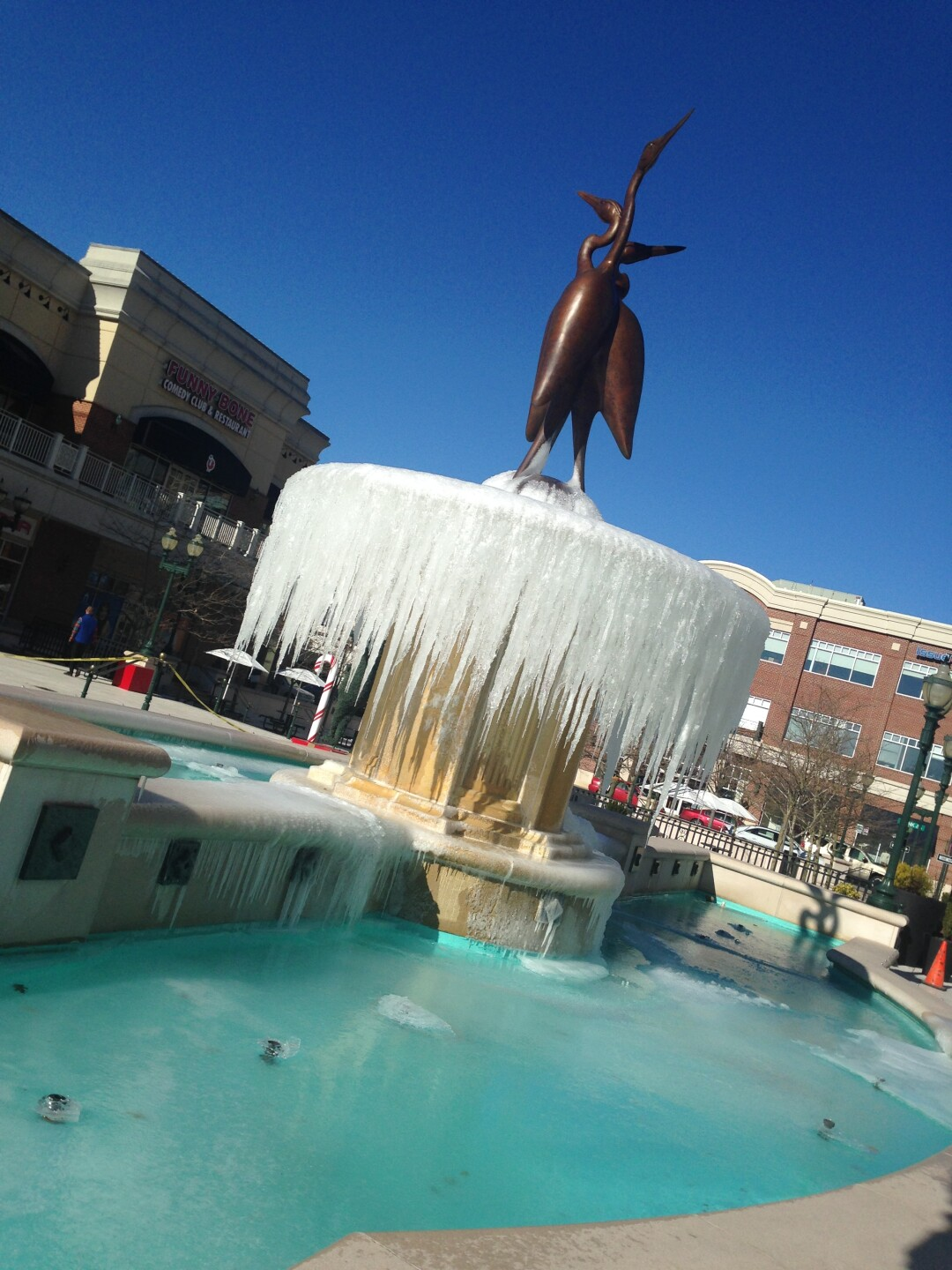 Photos: BRRR! It's freezing outside… Literally!