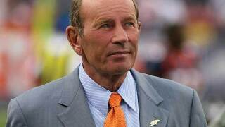 Broncos owner Pat Bowlen snubbed by veterans committee