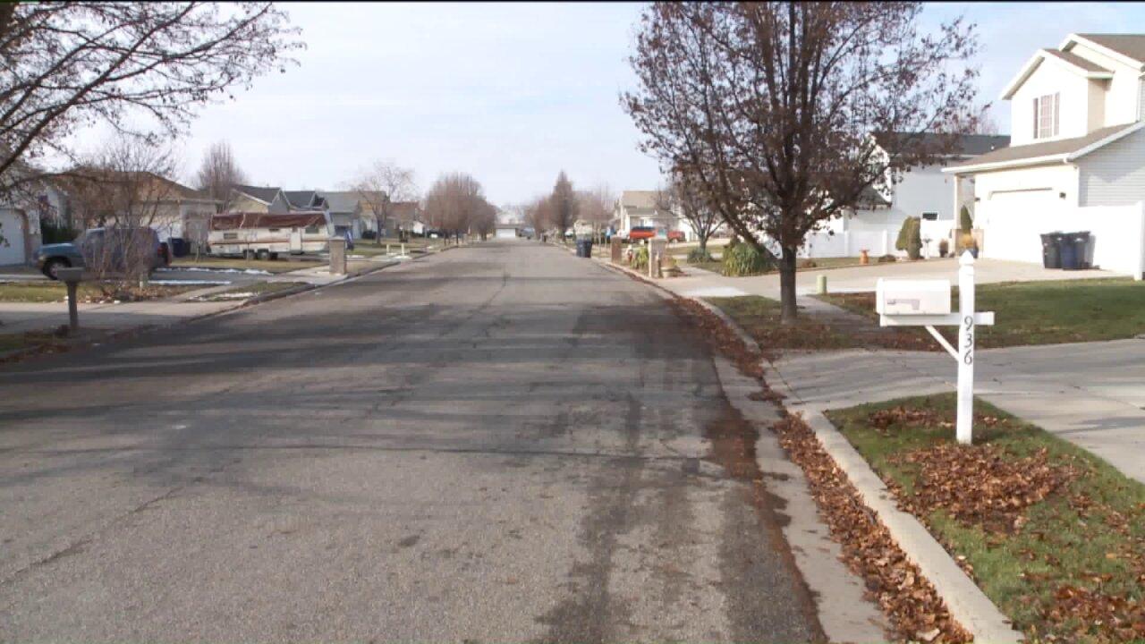 Dozens of homes in Woods Cross sinking; residents demandanswers