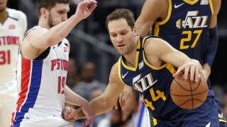 Jazz withstand Detroit rallies, hold on for win