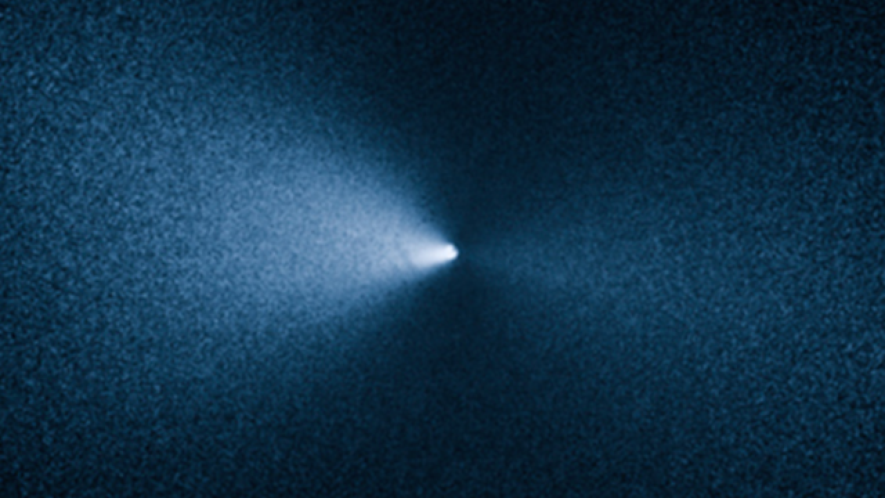 Comet made close approach to Earth