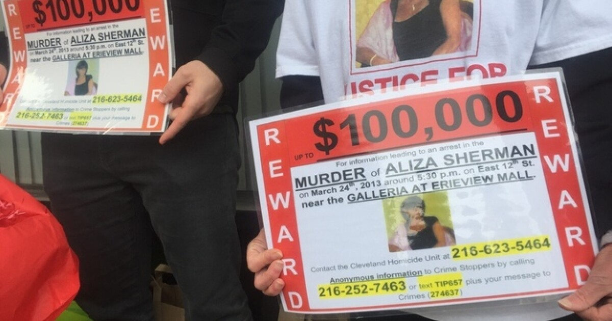 Vigil being held for woman stabbed to death 6 years ago