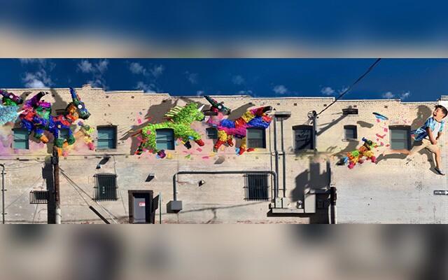 Pinata mural