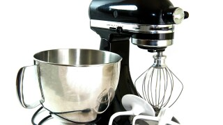 kitchen-mixer_MkFRWD__.jpg