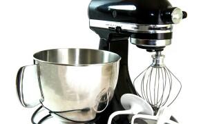 kitchen-mixer_MkFRWD__.jpg