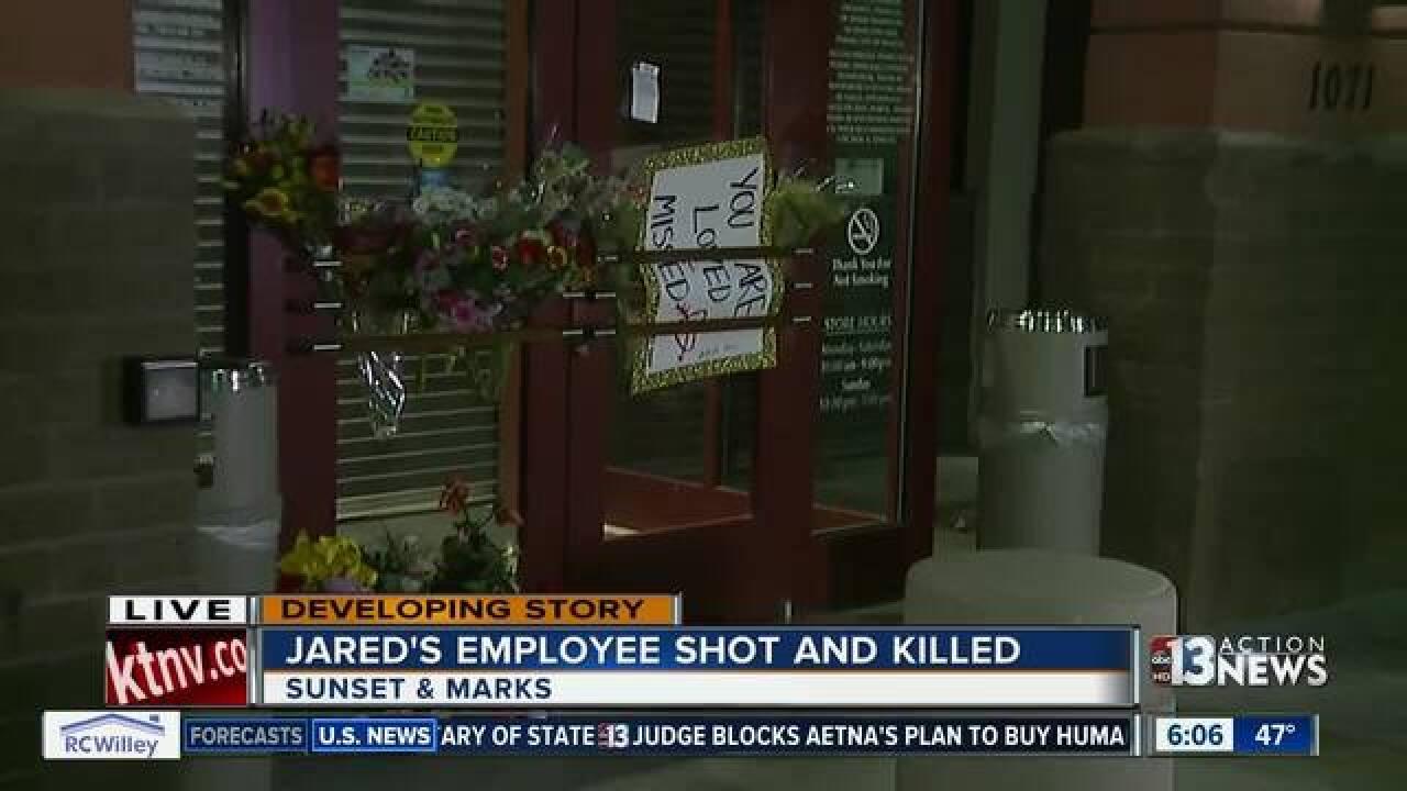 One shot in armed robbery in Henderson