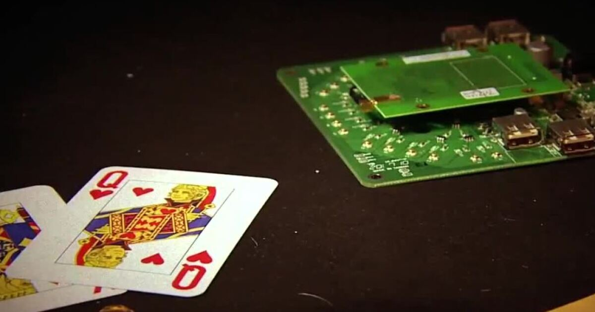 Vegas valley poker player explains RFID card tech