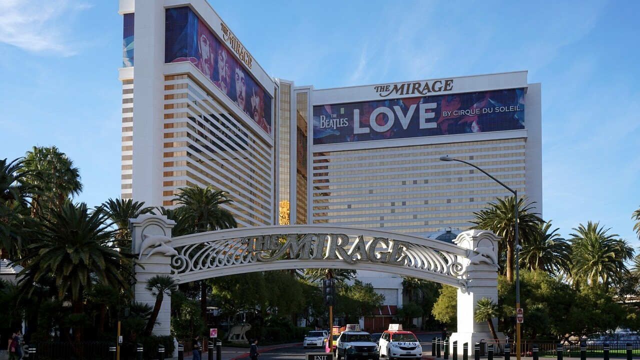 Cirque du Soleil performer falls during 'Beatles LOVE' show in Las Vegas