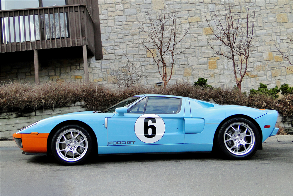 2006 Ford GT Heritage Edition 4.jpg