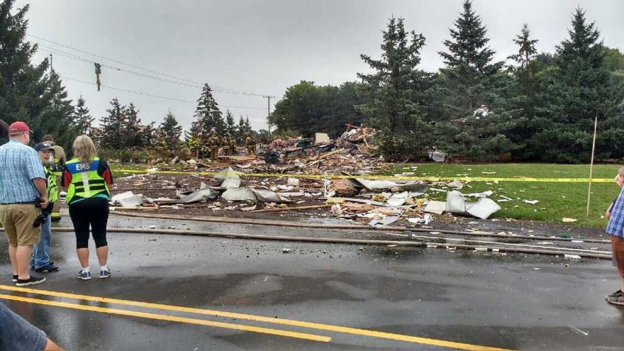 Crews respond to reported house explosion in Waupaca County