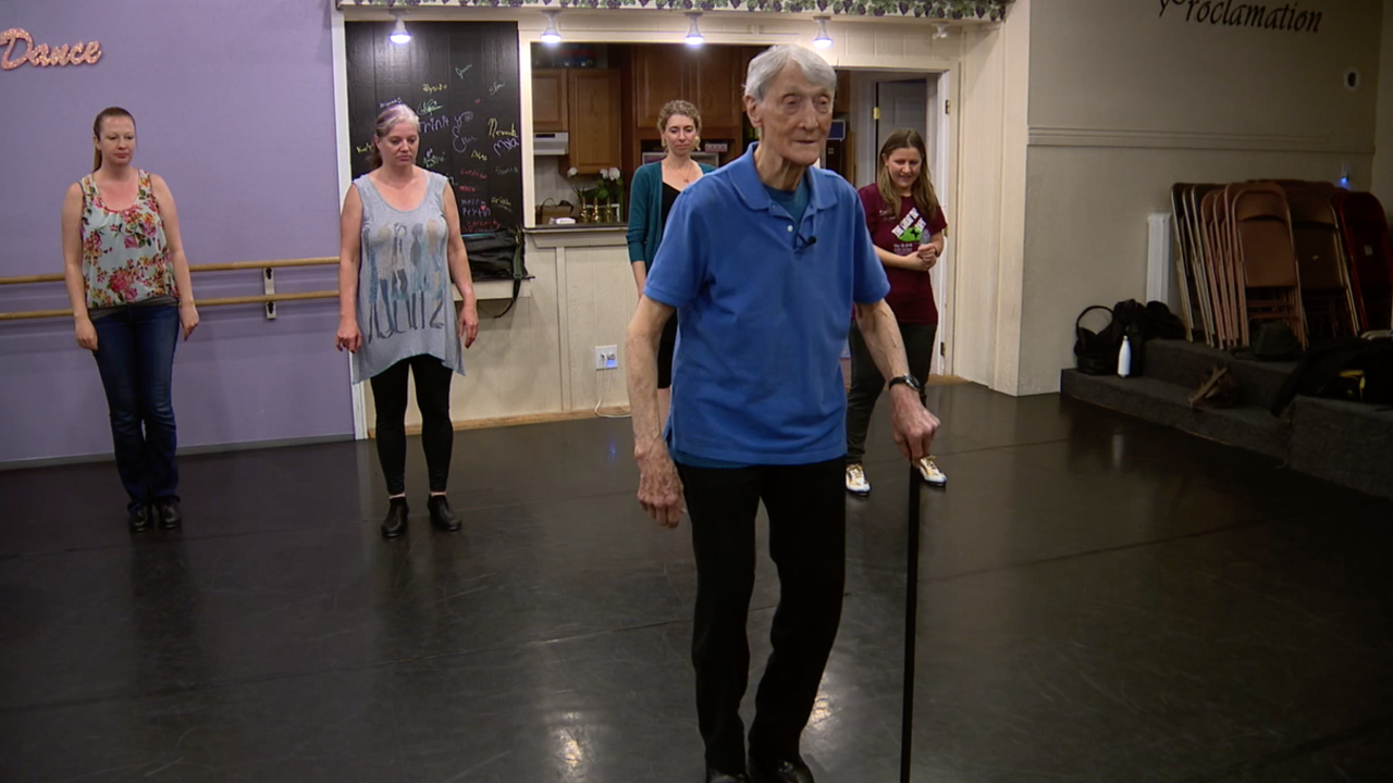 85-year-old man still pursuing passion for dance