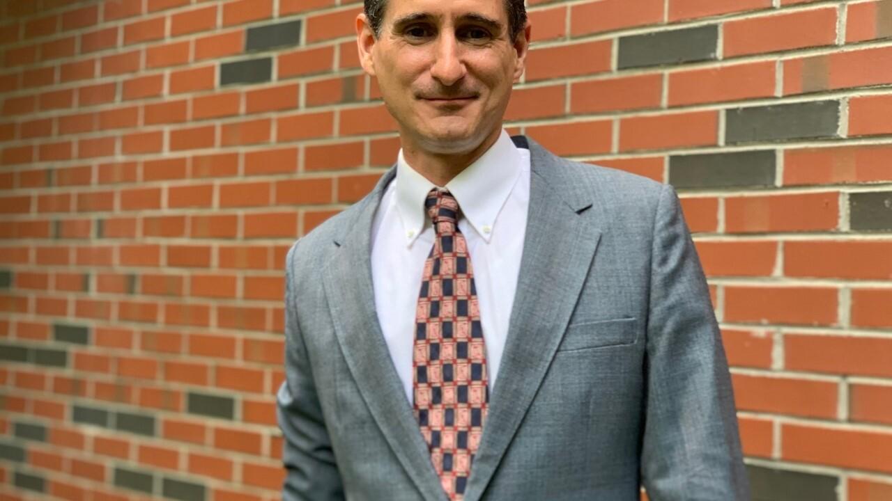 Dr. Stephen Voss.jpg