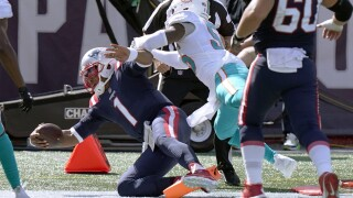 New England Patriots QB Cam Newton scores TD vs Miami Dolphins linebacker Jerome Baker, September 2020