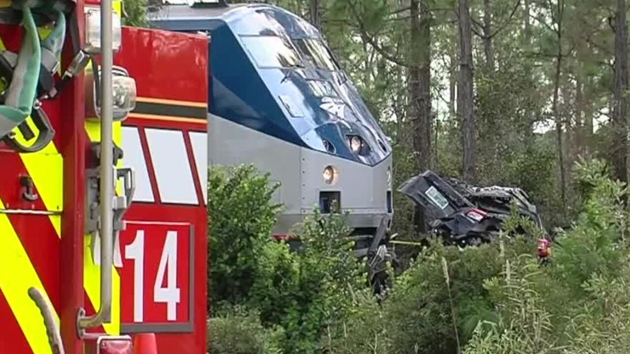 wptv-amtrak-vehicle-crash-11-23-19.jpg